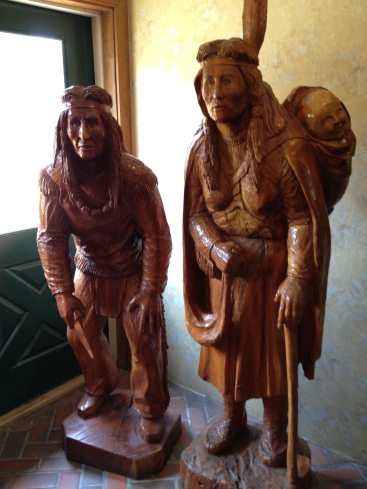 Wood carvings at Turkeyville USA